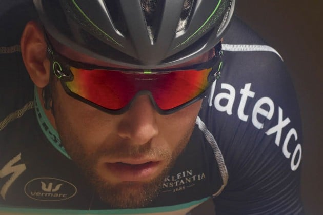 Mark-Cavendish-Oakley-JAWBREAKER-630x419